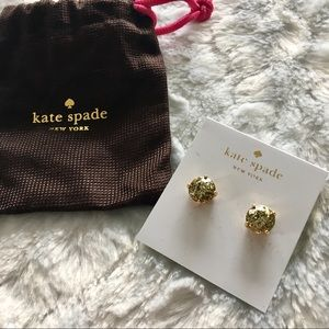 nwt kate spade / gold glitter stud earrings